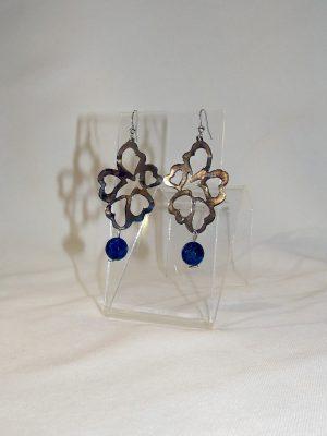 Σκουλαρίκια κρεμαστά με μπλε χάντρα