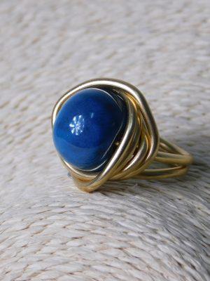 Δαχτυλίδι με Μπλε Χάντρα